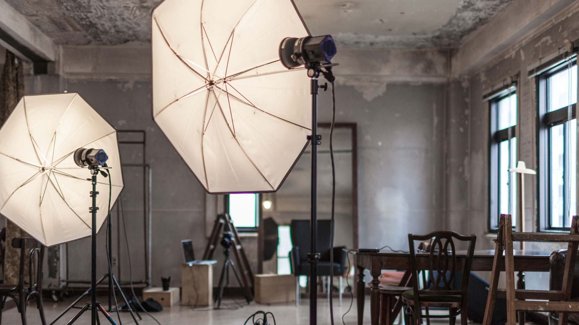 How-to Set Up Your DIY Product Photography Studio